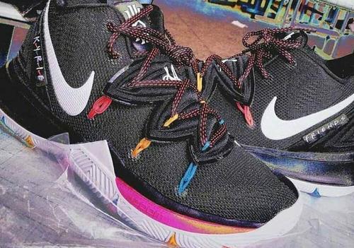 e23aaa9b8740 Nike Kyrie 5