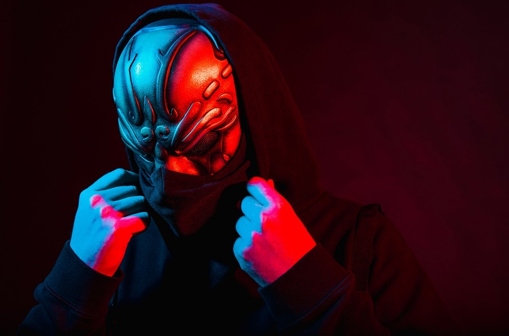 UZ Brings Bass Dripping in Groove On 'Bang Bang': Exclusive
